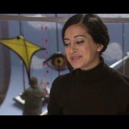 Noureen Dewulf - Melanie - OV-Interview Poster