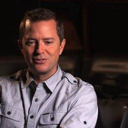 Stiles White über das Ouijabrett als Basiselement des Films - OV-Interview