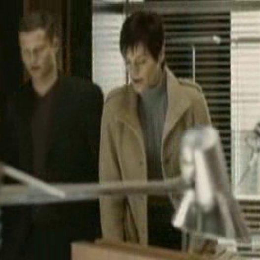 Beginn der Ermittlungen - Szene Poster