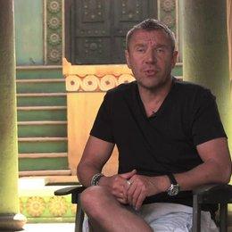 Renny Harlin über die Drehorte - OV-Interview