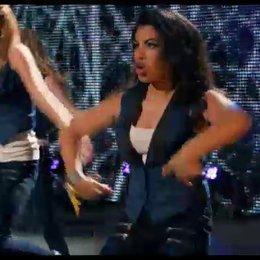 Die Bellas performen bei der Weltmeisterschaft - Szene
