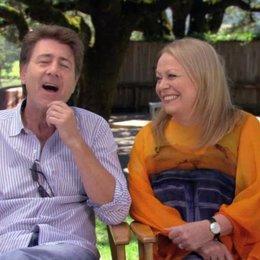 Jackie Weaver und Jim Piddock über George - OV-Interview Poster