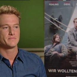 Alexander Fehling (Cornelis Schmidt) über die Geschichte und seine Rolle - Interview Poster