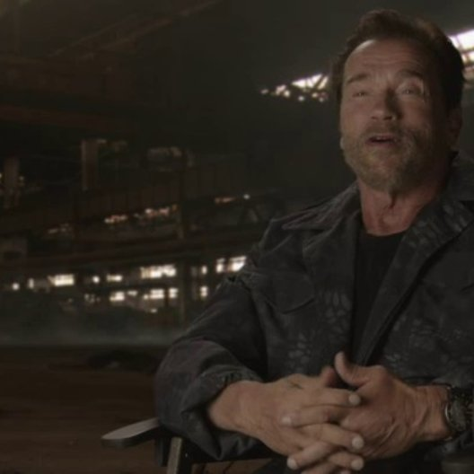 Arnold Schwarzenegger - Trench - über die Atmosphäre am Set - OV-Interview