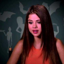 Selena Gomez über das Arbeiten an diesem Projekt - OV-Interview Poster