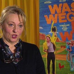Johanna Bittenbinder (Erika Baumgarten) über jede Familie ist eigen - Die Filmfamilie und die Realität - Interview Poster