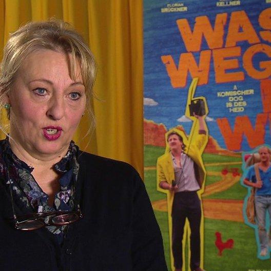 Johanna Bittenbinder (Erika Baumgarten) über jede Familie ist eigen - Die Filmfamilie und die Realität - Interview