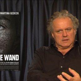 Julian Pölsler - Regisseur - über die verschiedenen Interpretationsmöglichkeiten des Films - Interview Poster