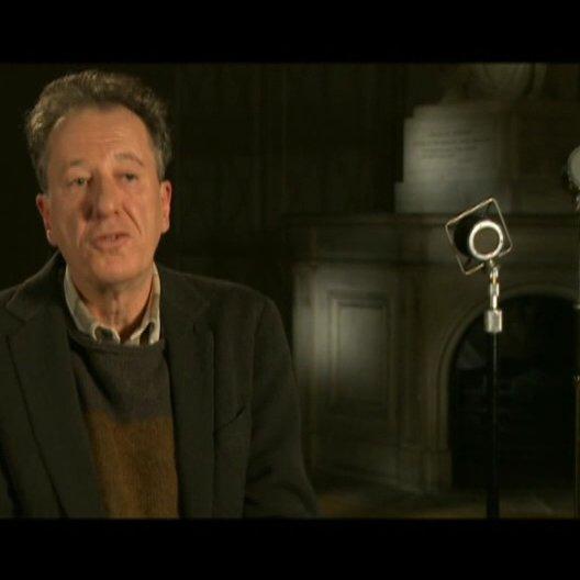 Geoffrey Rush (Lionel Logue) über Colin Firths Spiel - OV-Interview Poster