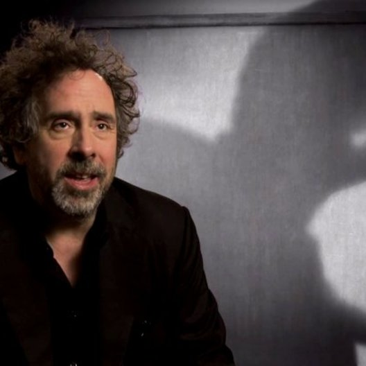 Tim Burton - Regisseur - über den Kurzfilm als Vorlage - OV-Interview Poster