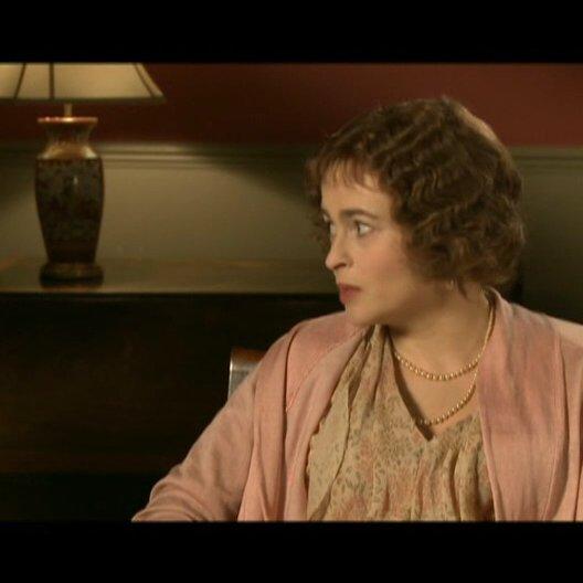 Helena Bonham Carter (Queen Mum) über das Spielen einer historischen Figur - OV-Interview
