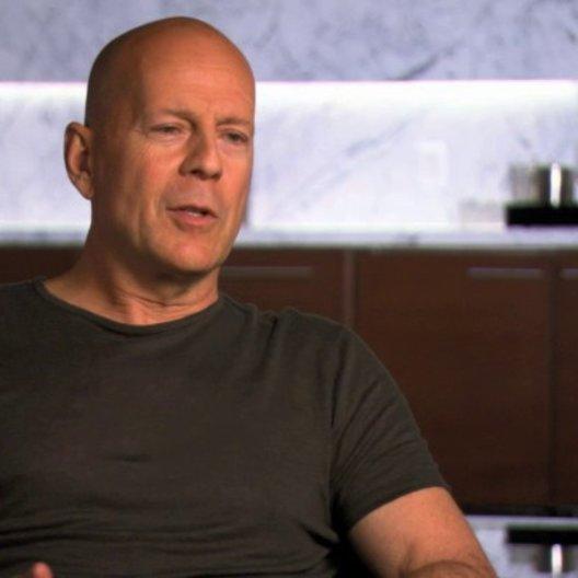 Bruce Willis über die Herausforderung eines Actionfilms - OV-Interview Poster