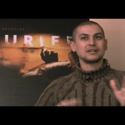 Rodrigo Cortes über das Entwickeln der Story - OV-Interview Poster