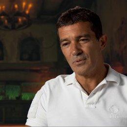 ANTONIO BANDERAS - Originalstimme Der Gestiefelte Kater - über seine Rolle - OV-Interview