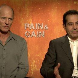 Ed Harris und Anthony Shalhoub - Ed DuBois und Victor Kershaw - über die Rolle Victor Kershaw - OV-Interview Poster