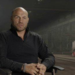 Randy Couture - Toll Road - darüber, echte Athleten zu besetzen - OV-Interview