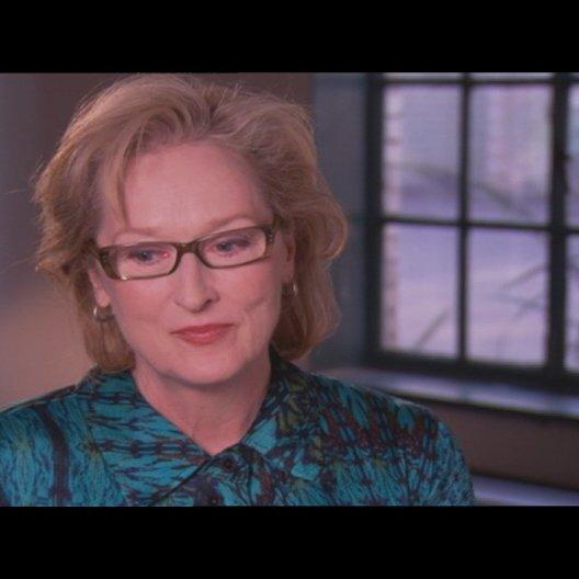 MERYL STREEP - Margaret Thatcher - über JIM BROADBENT als Denis Thatcher - OV-Interview
