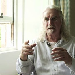 Billy Connolly über die Atmosphaere am Set - OV-Interview Poster
