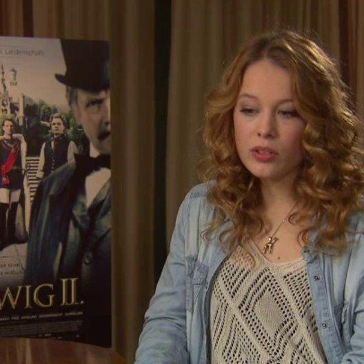 Paula Beer über das Verhältnis von Ludwig und Sophie - Interview