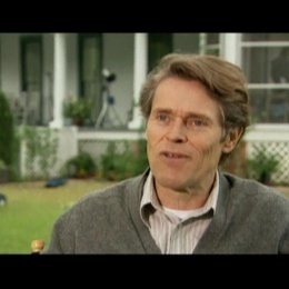 Interview mit Willem Dafoe (Charles Taylor) - OV-Interview Poster
