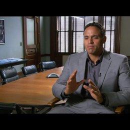 """Daniel Sunjata - """"Powers"""" / über das, was die Zuschauer sehen werden - OV-Interview"""