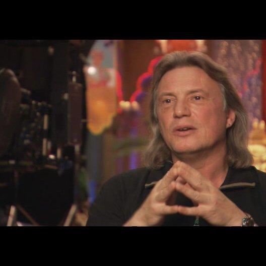 Harald Sicheritz (Regisseur) darüber was den Zuschauer erwartet - Interview Poster