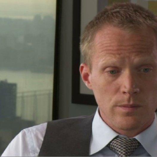 Paul Bettany (Will Emerson) über das Drehbuch und seine Zeit in New York während der Finanzkrise - OV-Interview Poster