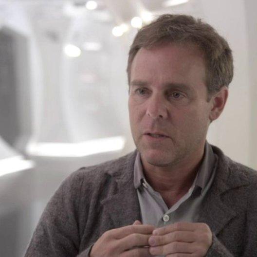 Bryan Burk - Produzent - darüber mit dem Cast wieder auf der Brücke zu sein - OV-Interview