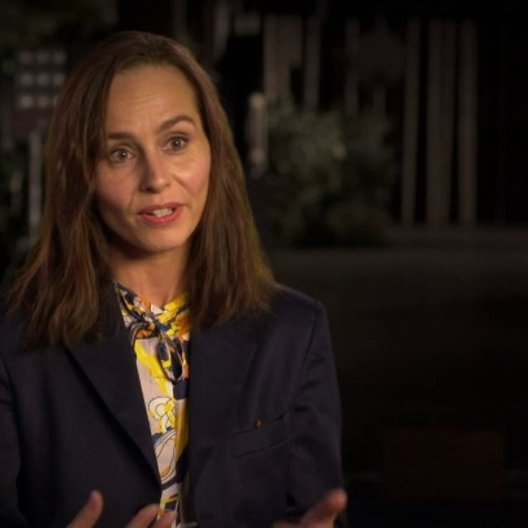 Tara Fitzgerald uber die Bürde Moses Geheimnis zu tragen - OV-Interview