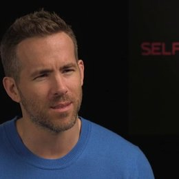 Ryan Reynolds - junger Damian - über Ben Kingsley - OV-Interview