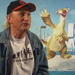 Otto Waalkes über Katastrophen - Interview Poster