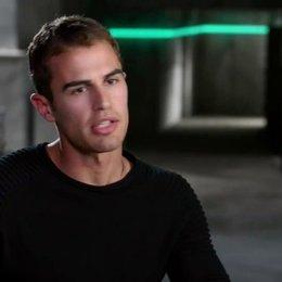 Theo James - Four - über die Geschichte - OV-Interview