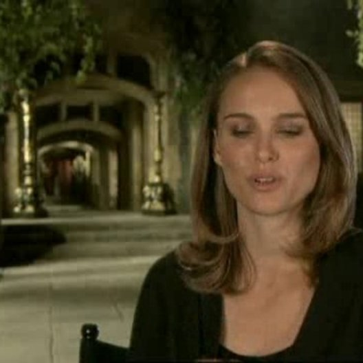 Interview mit Natalie Portman ( Anne Boleyn ) - OV-Interview Poster