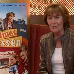 Thekla Carola Wied (Besjana) über die Zusammenarbeit mit den Kindern - Interview Poster