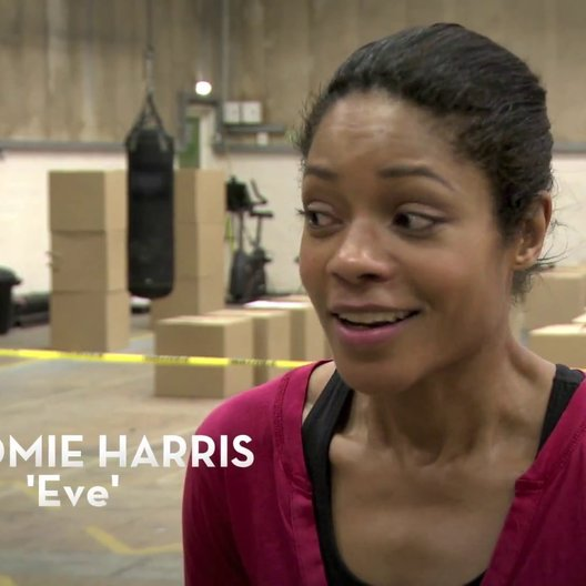Das neue Bondgirl Naomie Harris in Action. - OV-Featurette