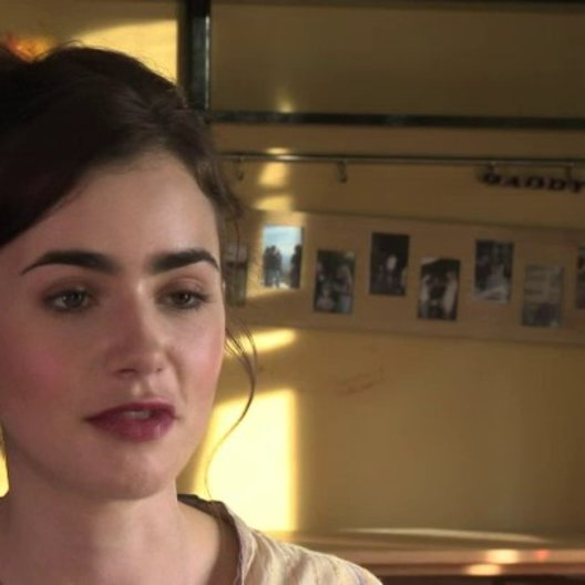 Lily Collins über Sam Claflin - OV-Interview