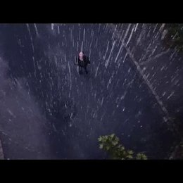 Charleen im Regen - Szene