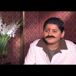 J. Imani über seine Rolle - Interview Poster