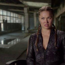 Ronda Rousey - Luna - darüber, in ihrem ersten Film mitzuwirken - OV-Interview