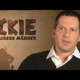 Christian Becker: Warum Michael Bully Herbig als Regisseur? - Interview Poster