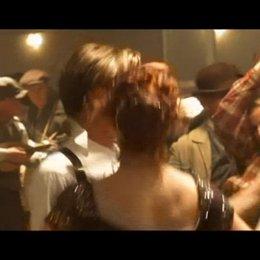 Zurück zur Titanic: James Cameron verrät, mit welchem Trick er einst das enorme Budget bekam, und wie die neue 3D-Fassung entstand. - Featurette Poster