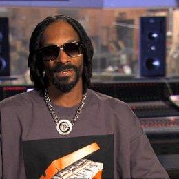 Snoop Dogg - Smoove Move - darüber, warum Smoove Move seinen eigenen Stil hat - OV-Interview Poster