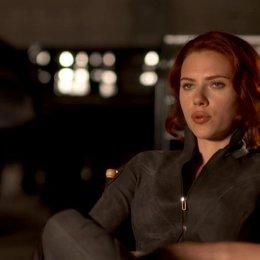 Scarlett Johansson - Natasha Romanoff - Black Widow warum sie die Rolle Black Widow wieder spielt - OV-Interview Poster