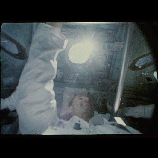 Start der Raumfähre APOLLO 18 zum Mond - Szene