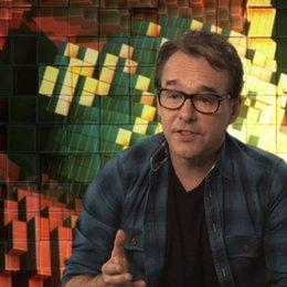 Chris Columbus darüber, warum er das Drehbuch mag - OV-Interview