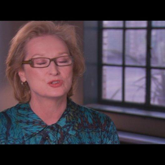 MERYL STREEP - Margaret Thatcher - über den überraschend unpolitischen Ton des Films - OV-Interview