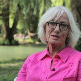 Molly von Fürstenberg über Doris Dörrie - Interview Poster