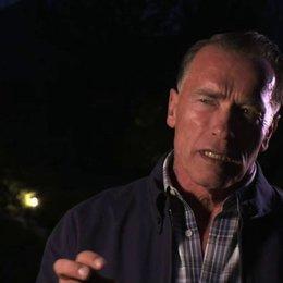Arnold Schwarzenegger über den Film - OV-Interview Poster