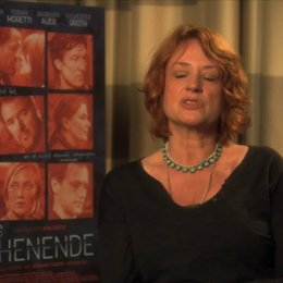 Nina Grosse über die Beziehung von Jens und Inga - Interview Poster