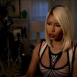 Nicki Minaj - Lydia - über die Arbeit mit Cameron Diaz - OV-Interview Poster